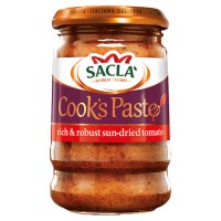 Sacla' sun-dried tomato paste.