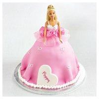 イギリスのスーパーWaitroseのバービーケーキ