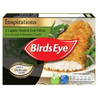Birds Eye 2 lightly dusted cod fillets in a sea salt & rosemary crumb frozen