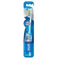 Oral B Pro Expert Superior Clean 40 Medium Toothbrush