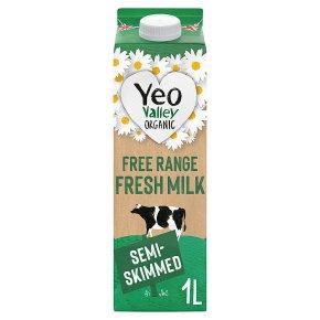 Yeo Valley fresh semi-skimmed milk