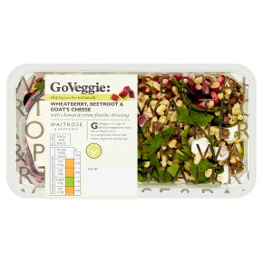 Waitrose Good To Go beetroot & goats cheese shaker